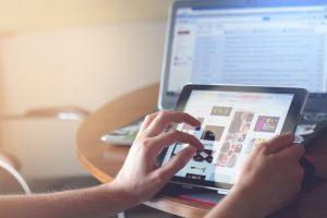 Draagbare computer met tablet