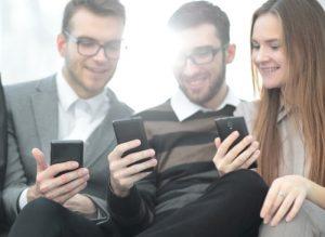 Een goede resolutie wordt opgemerkt wanneer u video's op uw mobiel bekijkt